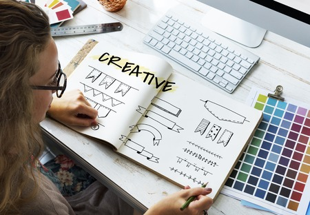 Minimalistic Creative Logo Label Product Trademark Design 版權商用圖片