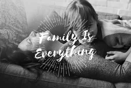 가족 사랑 어머니 딸 함께 품질 시간 단어 그래픽
