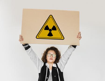 Riesgo radiactivo, peligro, seguridad, precaución, signo Foto de archivo - 81724227