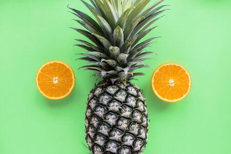 Oranje en ananas tropisch fruit