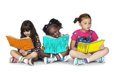 어린이 여자 친구 읽기 도서 교육 동성애 스튜디오 초상화