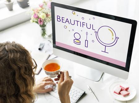 美容化粧品メイク スキンケア コンピューター上のイラスト 写真素材