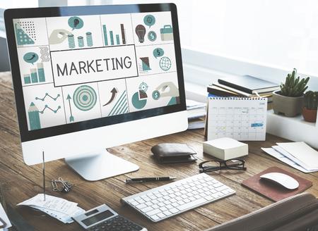 Illustration du plan d'affaires de marketing financier sur ordinateur Banque d'images - 81965125