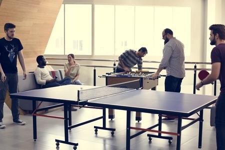 人休憩テーブル テニス リラックスします。