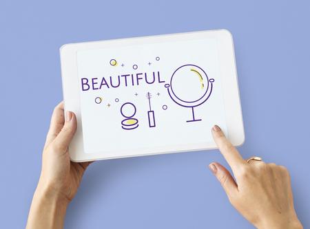 Illustration der Schönheit Kosmetik Hautpflege auf digitale Tablette Standard-Bild - 82091344