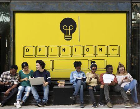 Opinion on keyboard with light bulb icon Reklamní fotografie