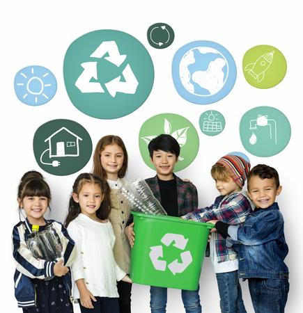 リサイクル子供署名地球 Word グラフィックを保存グリーンサスティナブル