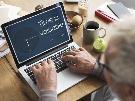 귀중한 시간과 시계 아이콘 그래픽 스톡 콘텐츠