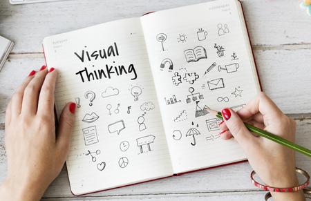 비주얼 생각 두들 스 아트 크리 에이 티브 디자인 아이콘 벡터 그래픽 일러스트
