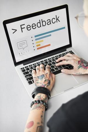 フィードバック応答評価レポート レビュー コンセプト