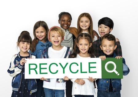 Recycler réutiliser la responsabilité à la nature Nature de l'environnement Banque d'images - 82274511