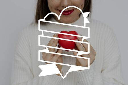 Gráfico de la insignia de la barra de etiquetas de la bandera del corazón Foto de archivo - 82347248