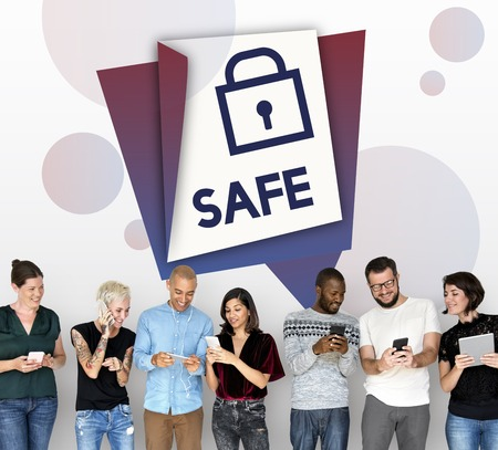Safe sign insurance protection security 版權商用圖片 - 82423112