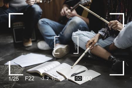 カメラのファインダーがスナップショット ベクトル イラスト画像をキャプチャします。