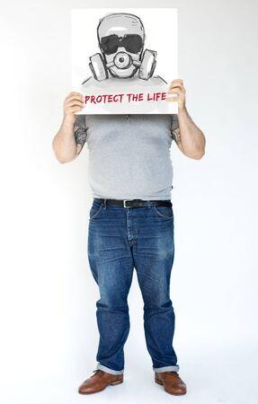 Man met banner die betrekking hebben op gezichtsnetwerk grafische overlay Stockfoto - 82398918
