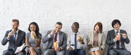 ビジネス チーム コンセプト ランチを食べて休憩 写真素材 - 82702847