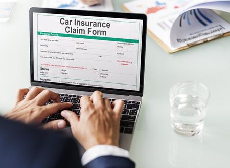 車両保険金請求フォーム コンセプト 写真素材
