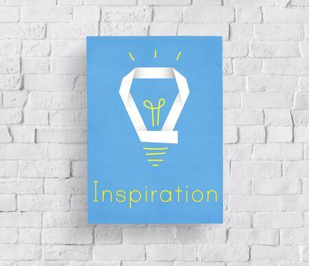 Creative innovation inspiration ampoule mot graphique Banque d'images - 82725859