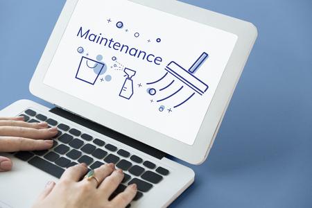 Illustration du service de nettoyage à domicile sur ordinateur portable Banque d'images - 82726490