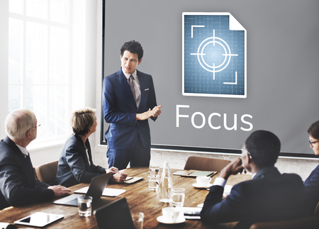 Illustration de l'accent sur les objectifs visés Attention Banque d'images - 82758383