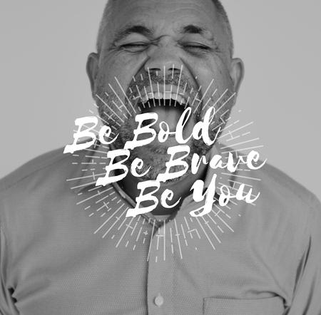 Be Bold Brave You Motivation Word on Shouting Man Backgroud Imagens