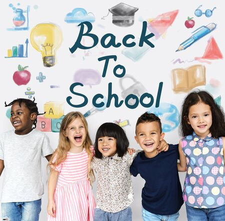 Group of students with back to school illustration Banco de Imagens - 82761182