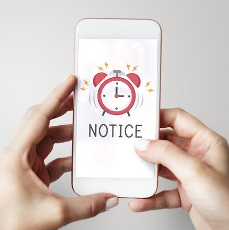Mobiele telefoon alarm melding voor belangrijke afspraak