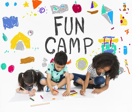 Kids Fun Camp Educación Espacio Iconos Foto de archivo - 82862915