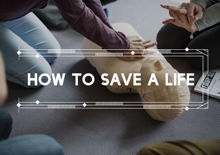 CPR トレーニング デモンストレーション クラス緊急人命救助 写真素材