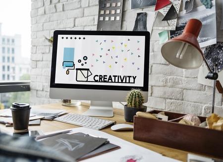 コンピューターの創造的なアート デザインのグラフィック