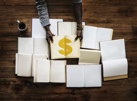 アメリカのドル通貨のアイコンの図
