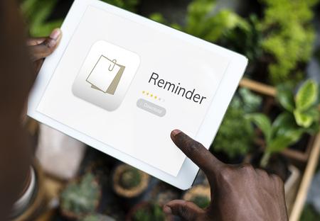 디지털 태블릿에 개인 주최자 메모장의 그림 스톡 콘텐츠 - 83007510