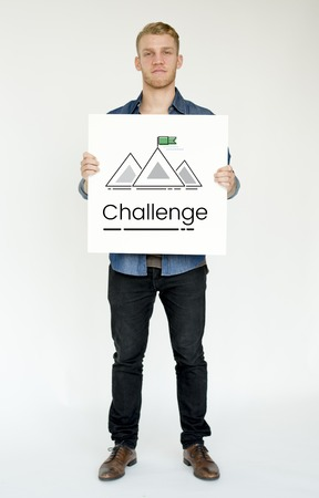 Illustration of goals target with mountain on banner 版權商用圖片