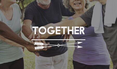 우리는 함께 할 수있다. 스톡 콘텐츠 - 83023115