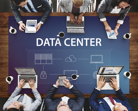 データ センターのグローバル接続ネットワーク技術システム 写真素材