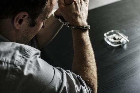 手錠の男を逮捕 写真素材