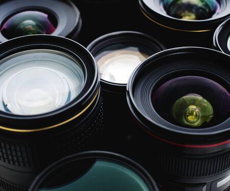デジタル カメラのレンズのグループ