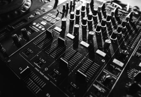 믹서 장비 엔터테인먼트 DJ 스테이션