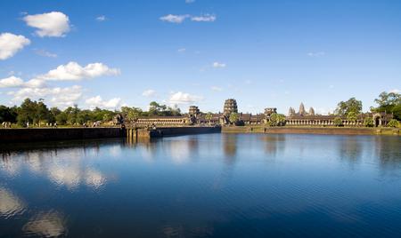 고대 캄보디아 사원 파 멸입니다.