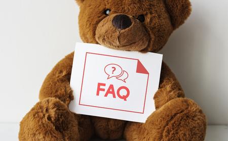 FAQ カードでクマの人形 写真素材