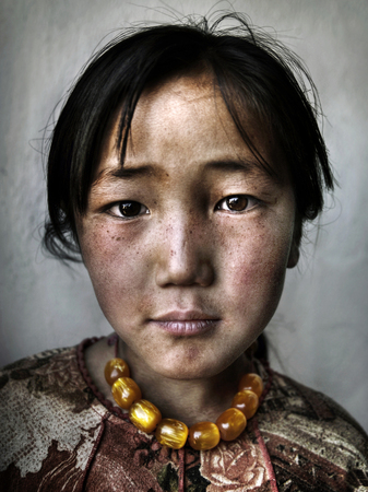 Portrait of a Mongolian girl 版權商用圖片