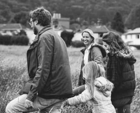 Happy caucasian family grayscale 版權商用圖片