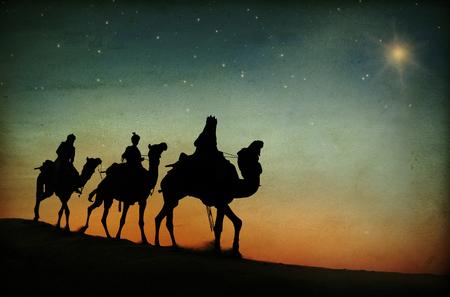 Trzej królowie podążający za gwiazdą.