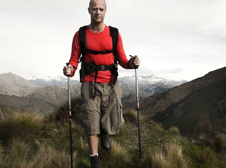 Extreme Hiking across rugged mountains, New Zealands Southern Alps. 版權商用圖片