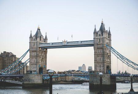 ロンドンのタワーブリッジ、イングランド