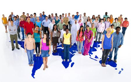 Grupo de gente diversa sesión de estudio
