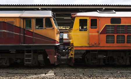 Oude treinen bij Hua Lampong-station in Bangkok Thailand