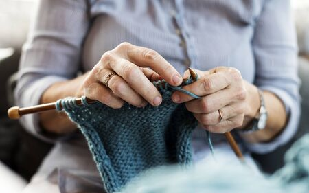 Closeup of a woman knitting Foto de archivo