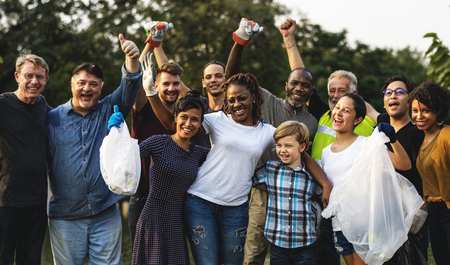 Group of diversity people volunteen charity project Imagens - 90758254