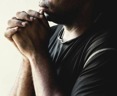 熟考アフリカ系アメリカ人の男性 写真素材